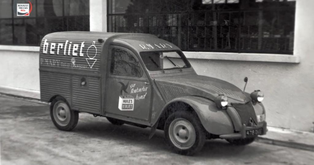 FILM INSTITUTIONNEL - FR : Renault Trucks Oils. Post production
