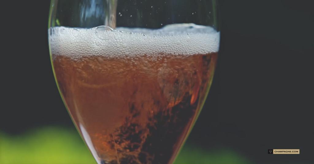 "REPORTAGE : ""Comité Champagne"". Post production"